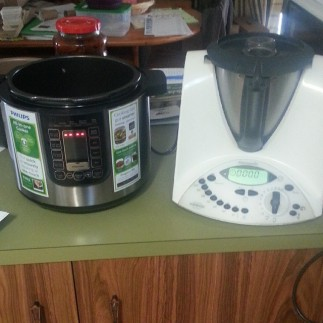 My two 'babies' playing nicely together to make my dairy, grain and refined sugar free brownies.